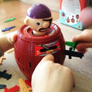 Gra w pirata! Taka prosta a taka wcigajca play grahellip